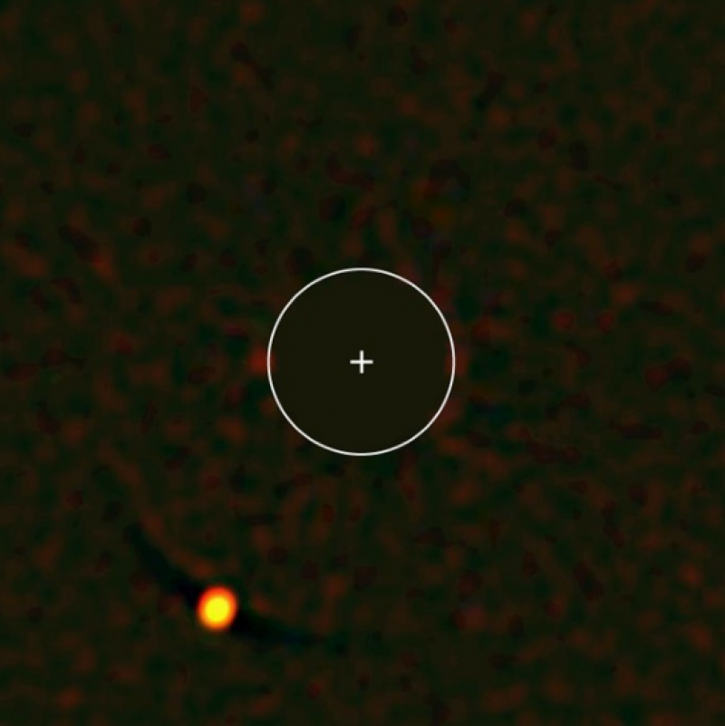 An oddball planet has astronomers scratching their heads