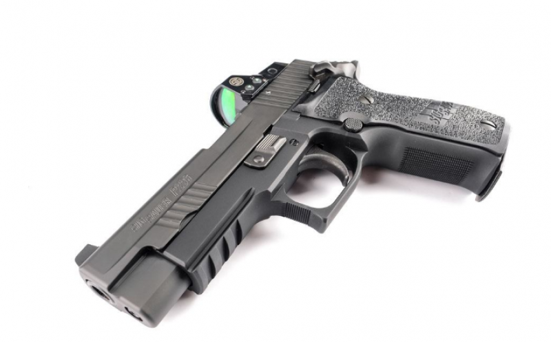Review: SIG Sauer's Optics-Equipped P226 RX
