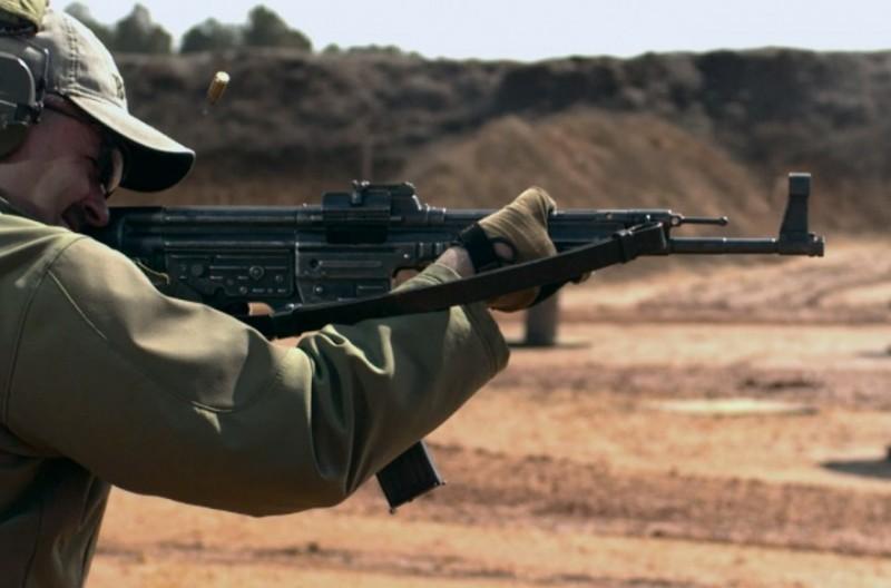 See It In Slo-Mo Action: WWII Era Sturmgewehr 44 (StG44)