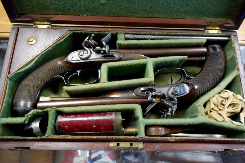 Awesome Antiques: Durs Egg Double-Barrel Flintlock Pistol Set