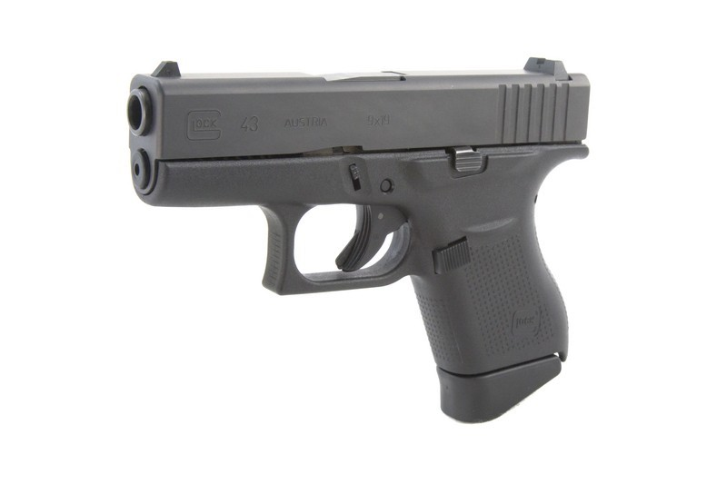 REVIEW: Glock 43 from a female perspective